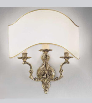 Applique in ottone a 3 luci con paralume color crema art. a7-3