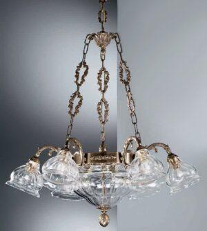 Lampadario a sospensione in ottone con paralumi in vetro soffiato Art. 572/6+3 TR