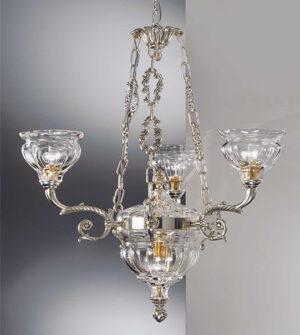 Lampadario a sospensione in ottone con paralumi in vetro soffiato Art. 573/3+2 TR